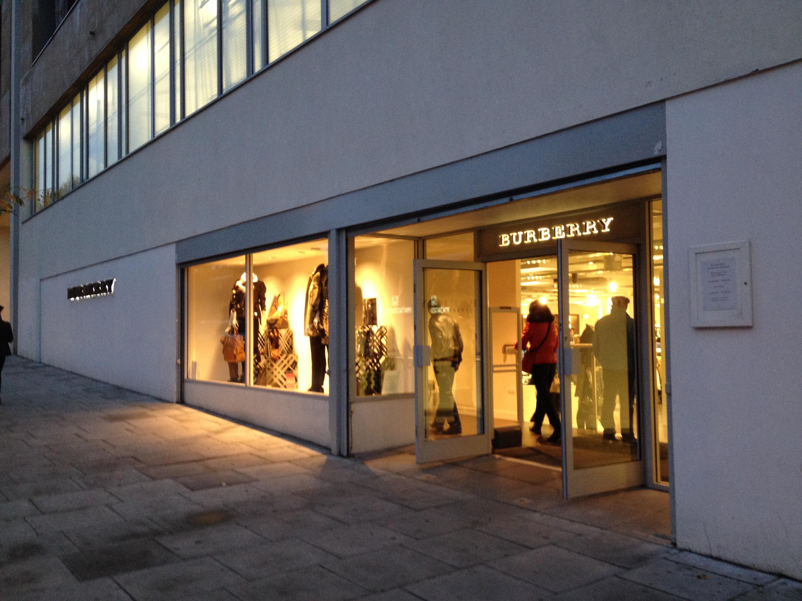 sneakers for cheap d9d9f 26ab1 Burberry Outlet Online Shop London | Mount Mercy University